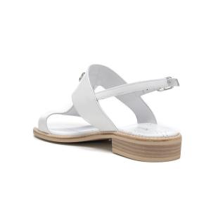 Sandalo in pelle con accessorio