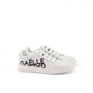 Sneaker bianca con logo Gaelle Paris