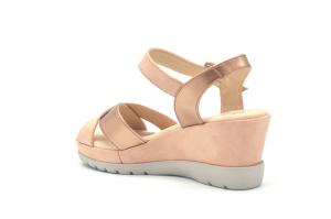 Nozomi sandalo