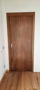 Porte in legno frassino.
