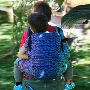 Marsupio ergonomico preschooler - dark aurora cube