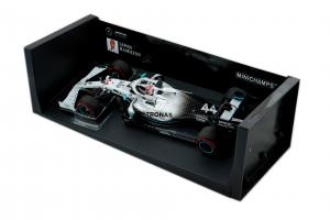 Pma Mercedes AMG Petronas Motorsport Lewis Hamilton German Gp 2019 - 1/18 Minichamps