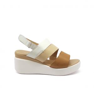 Sandalo bianco/cuoio con zeppa Melluso