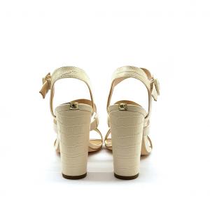 Sandalo crema Guess