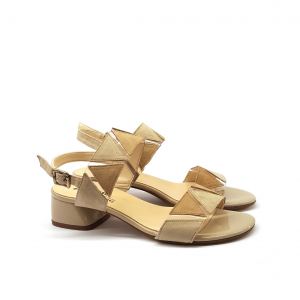 Sandalo crema con motivi geometrici Melluso