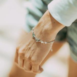 Kissing Skates Bracelet