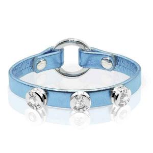 Bracciale in pelle azzurro laminato finitura argento con brillanti .