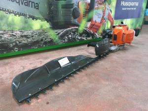 TOSASIEPE TAGLIASIEPE HUSQVARNA 226HS75S A SCOPPIO 23,6 cm³ 0,9 kW