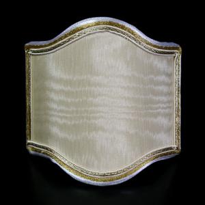 Paralume ventola mignon, tessuto damasco avorio, bordura oro, attacco a molla