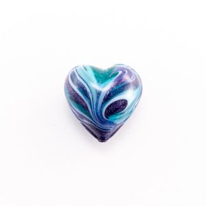 Perla di Murano a cuore 20 mm vetro acquamare e blu con avventurina blu e foro passante
