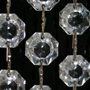 Catena ottagoni 28 mm in vetro veneziano color cristallo, lunghezza 50 cm, clip nickel.