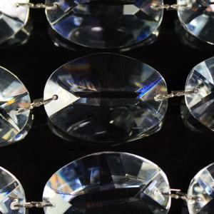 Catena ovalini 28 mm cristallo, 50 cm di lunghezza, colore puro. Clip nickel.