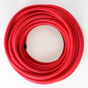 Cavo elettrico tondo isolato in PVC rivestito tessuto rosso. Sezione 3x0,75