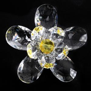 Fiore in cristallo con doppia corolla cristallo e perla gialla. Attacco filetto M6