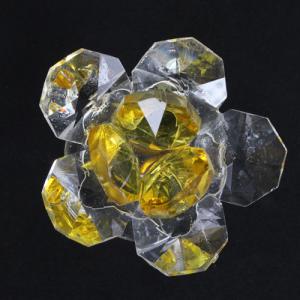 Fiore in cristallo corolla esterna cristallo e centrale giallo. Attacco filetto M6