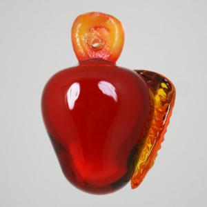 Frutto pendente vetro di Murano con codolo forato. Mela ambra in fogo.