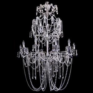 Lampadario 10+5 luci allestito con cristalli molati, ottagoni e mandorle, struttura cromo con foglie stilizzate.