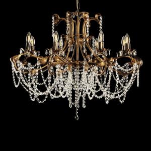 Lampadario a 8 luci, allestimento in cristalli molati, struttura bronzo spazzolato oro con foglie e bracci curvi.