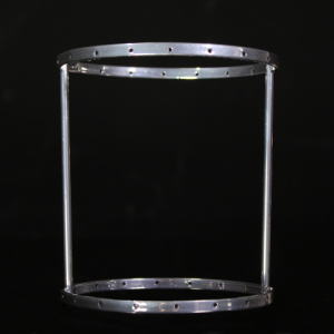 Montatura verniciata cromo per portacandela, bordo 6 mm con 18 fori per catene di cristalli. Ø10 x h12 cm