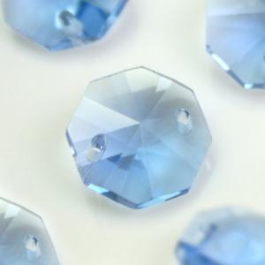 Ottagono 14 mm celeste vetro cristallo molato 16 facce 2 fori.