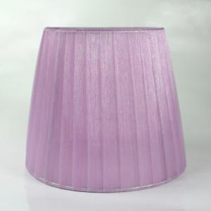 Paralume 14x10x12 cm tronco conico rivestito da organza viola alessandrite. Montatura argento attacco a molla.