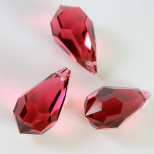 Pendaglio Swarovski prisma color Rosso Bordeaux 20 mm, 1 foro - 8641 -