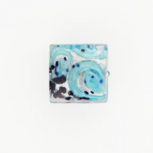 Perla di Murano quadrata Medusa Ø18. Vetro turchese, foglia argento e avventurina. Foro passante.