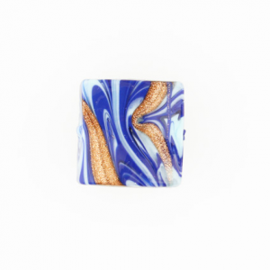 Perla di Murano schissa Fenicio Ø18. Vetro blu lapis, azzurro e avventurina. Foro passante.