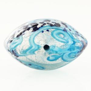 Perla di Murano schissa Medusa Ø30. Vetro turchese, foglia argento e avventurina. Foro passante.