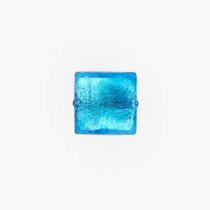 Perla di Murano schissa quadrata Ø14. Vetro sommerso acquamare scuro, foglia argento. Foro passante.