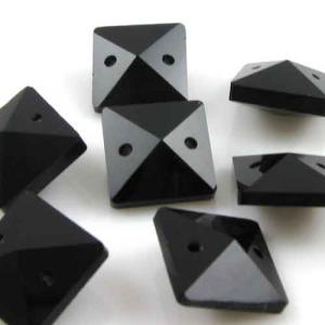 Quadruccio 14 mm nero lucido cristallo vetro sfaccettato 2 fori