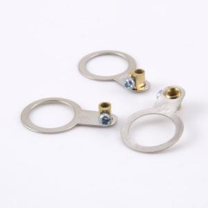 Occhiello metalico per messa a terra con foro 13,5 mm e vite di fissaggio M3