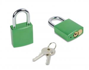 Lucchetto verde con chiave
