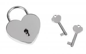 Lucchetto cuore con chiavi
