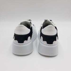 Sneakers bianche inserto nero GIO+