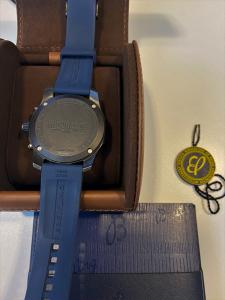 Orologio primo polso Breitling Endurance Pro