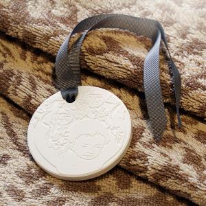Aroma Reale perfumed medallion