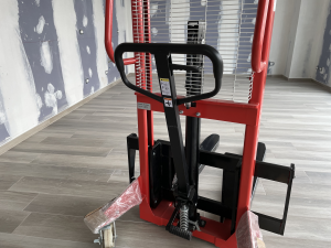 Elevatore manuale portata 1000 kg