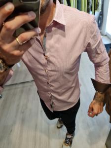Camicia righe e toppe