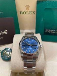 ROLEX OYSTER PERPETUAL  124200  BLUE  34MM