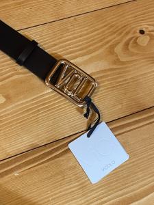 Cintura in pelle Vicolo con fibbia dorata VCL