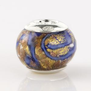 Perla di Murano stile Pandora Vortice Ø13. Vetro blu e foglia oro. Borchia argento 925. Foro passante.
