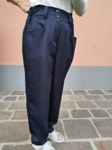 Pantalone largo con elastico