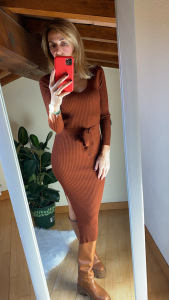 Vestito Lungo in maglia con spacco Laterale Vicolo