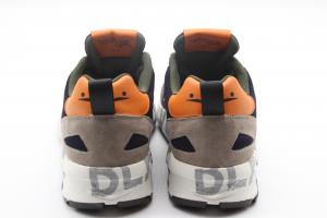 Voile Blanche Sneaker in Suede e tessuto tecnico grigio.