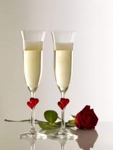 Calici da spumante L'Amour con cuoricini rossi, 175ml, set da 2