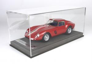 Ferrari 250 GTO Press Day 1962 With Case - 1/18 BBR
