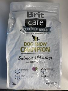CROCCHETTE per cani BRIT linea CARE - DOG SHOW CHAMPION gusto Salmone e Arringa disonibile nei formati da 3kg. e 12 kg.