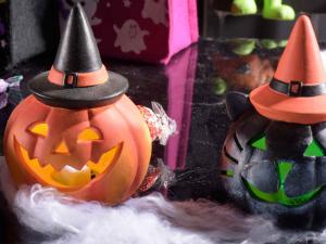 Decorazione Halloween con luce led cangiante