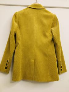 Blazer donna| in velluto millerighe| giallo| con chiusura doppiopetto| due tasche frontali| made in Italy